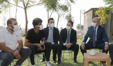 Mardin Nusaybinli gençler Vali Mahmut Demirtaş'la buluştu